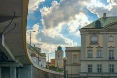 Εικονική παράσταση πόλης γεφυρών και ουρανού Στοκ Εικόνες