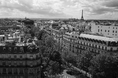 εικονική παράσταση πόλης γεφυρών πέρα από το απλάδι του Παρισιού Στοκ Φωτογραφίες