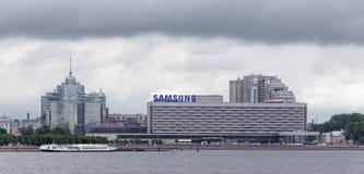 Εικονική παράσταση πόλης καλοκαιριού της Αγία Πετρούπολης Στοκ Εικόνες
