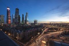 Εικονική παράσταση πόλης ουρανοξυστών Στοκ Εικόνες