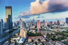 Εικονική παράσταση πόλης Σαγκάη Κίνα ουρανοξυστών κτηρίων Pudong Puxi Στοκ Εικόνα
