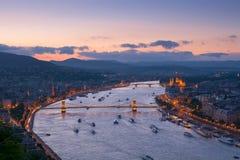 Εικονική παράσταση πόλης της Βουδαπέστης στοκ εικόνες