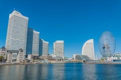 Εικονική παράσταση πόλης της πόλης Yokohama ενάντια στο μπλε ουρανό Στοκ Φωτογραφίες
