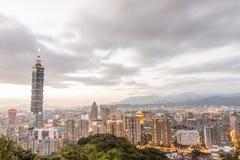 Εικονική παράσταση πόλης της Ταϊπέι με τη Ταϊπέι 101 Στοκ φωτογραφία με δικαίωμα ελεύθερης χρήσης