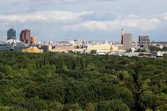Εικονική παράσταση πόλης του Βερολίνου με το πάρκο Tiergarten στο πρώτο πλάνο στοκ εικόνα