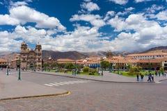 Εικονική παράσταση πόλης του κύριου τετραγώνου σε Cusco, Περού, με το φυσικό ουρανό Στοκ Εικόνες
