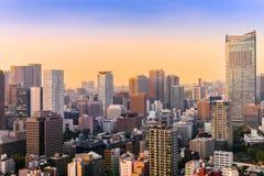 Εικονική παράσταση πόλης του Τόκιο, εναέρια άποψη ουρανοξυστών πόλεων του buildi γραφείων Στοκ φωτογραφία με δικαίωμα ελεύθερης χρήσης