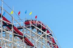 Εικονικό γιγαντιαίο Dipper ρόλερ κόστερ στο πάρκο Belmont, Σαν Ντιέγκο, ΗΠΑ στοκ εικόνες με δικαίωμα ελεύθερης χρήσης