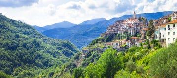 Εικονογραφικά χωριά της Ιταλίας - Apricale στη Λιγυρία Στοκ φωτογραφία με δικαίωμα ελεύθερης χρήσης