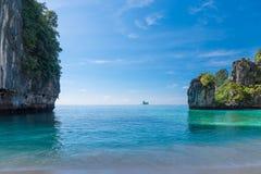 εικόνα ενός όμορφου κόλπου στο νησί της Hong στοκ εικόνες