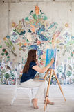Εικόνα ζωγραφικής καλλιτεχνών στον καμβά Στοκ φωτογραφία με δικαίωμα ελεύθερης χρήσης