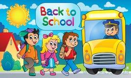 Εικόνα με το θέμα 5 σχολικών λεωφορείων Στοκ φωτογραφία με δικαίωμα ελεύθερης χρήσης