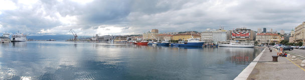 Εικόνα πανοράματος του λιμανιού του Rijeka, Κροατία Στοκ Εικόνα