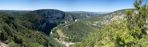 Εικόνα πανοράματος του ποταμού Ardeche, Γαλλία Στοκ εικόνες με δικαίωμα ελεύθερης χρήσης