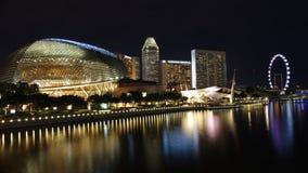 Εικόνα σκηνής νύχτας στην περιοχή οριζόντων κόλπων μαρινών της Σιγκαπούρης σε CBD στοκ εικόνες