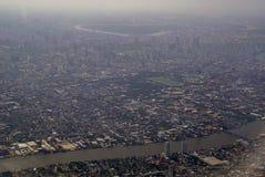 Εικόνα της άποψης παραθύρων αεροπλάνων του χωριού από το bird& x27 μάτι VI του s στοκ φωτογραφία με δικαίωμα ελεύθερης χρήσης