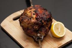 Εικόνα του εύγευστου ψημένου κοτόπουλου Στοκ Εικόνες