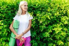 Εικόνα του κοριτσιού με την αθλητική κουβέρτα Στοκ φωτογραφία με δικαίωμα ελεύθερης χρήσης
