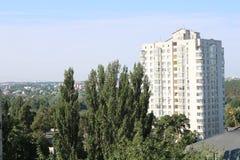 Εικόνα του τοπίου πόλεων το καλοκαίρι στοκ εικόνα