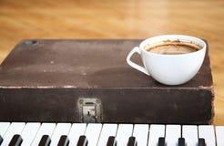 Καφές και μουσική Στοκ φωτογραφίες με δικαίωμα ελεύθερης χρήσης