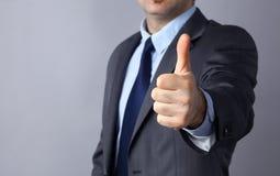 Εικόνα των χεριών ατόμων που παρουσιάζουν εντάξει σημάδι, που απομονώνεται στο γκρίζο υπόβαθρο Στοκ φωτογραφία με δικαίωμα ελεύθερης χρήσης
