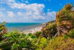 εικόνα 2007 όμορφη νησιών τοπίων Φιλιππινών mindanao που λαμβάνεται τροπική Εναέρια άποψη της παραλίας και της καραϊβικής θάλασσα στοκ φωτογραφία με δικαίωμα ελεύθερης χρήσης