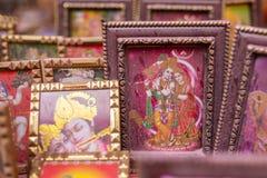 Εικόνα Krishna που καλύπτεται από τη ζωηρόχρωμη σκόνη στοκ εικόνα