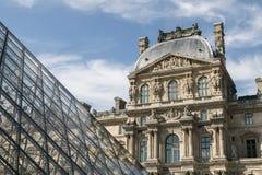 Εικόνα LE louvre, μνημείο στο Παρίσι στοκ φωτογραφία με δικαίωμα ελεύθερης χρήσης