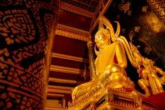 Εικόνα Phuttha Chinnarat Βούδας Phra στο ναό Si Rattana Mahathat Wat Phra σε Phitsanulok, Ταϊλάνδη Στοκ Εικόνες