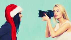 Εικόνες πυροβολισμού κοριτσιών φωτογράφων Στοκ εικόνα με δικαίωμα ελεύθερης χρήσης