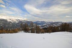 Ειλικρινής κλίση γύρου σκι στη φυσική κοιλάδα Στοκ Εικόνες