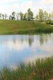 Ειρηνική θέση κοντά στη λίμνη Στοκ φωτογραφία με δικαίωμα ελεύθερης χρήσης