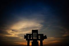 Ειρηνική φυσική άποψη ενός σταυρού στη βασιλική de Guadalupe στοκ φωτογραφία