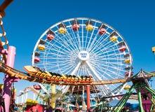 Ειρηνικοί γύροι διασκέδασης πάρκων Santa Monica Pier Στοκ Φωτογραφία