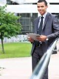 Ειρηνικός επιχειρηματίας αφροαμερικάνων Στοκ φωτογραφία με δικαίωμα ελεύθερης χρήσης