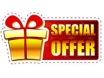 Ειδική προσφορά Χριστουγέννων και κιβώτιο δώρων στο κόκκινο έμβλημα με το snowflak απεικόνιση αποθεμάτων