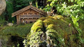 Ειδυλλιακός κήπος σε Diessen στη λίμνη Ammersee απόθεμα βίντεο