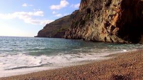 Ειδυλλιακός κόλπος στο νησί της Μαγιόρκα απόθεμα βίντεο