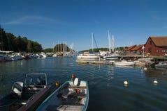 Ειδυλλιακό λιμάνι Utö φιλοξενουμένων Στοκ εικόνες με δικαίωμα ελεύθερης χρήσης