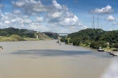 Εκατονταετής γέφυρα πέρα από το κανάλι του Παναμά από την πριγκήπισσα νησιών στοκ φωτογραφίες