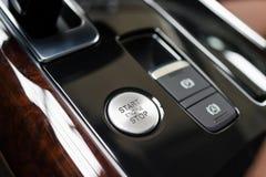 Εκκίνησης-στάσης κουμπί μηχανών στοκ εικόνες με δικαίωμα ελεύθερης χρήσης