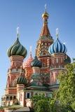 Εκκεντρικοί θόλοι του καθεδρικού ναού του βασιλικού του ST στην κόκκινη πλατεία στοκ φωτογραφίες με δικαίωμα ελεύθερης χρήσης