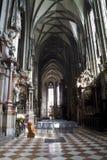 εκκλησία γοτθική εσωτ&epsilo Στοκ φωτογραφία με δικαίωμα ελεύθερης χρήσης