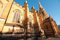 Εκκλησία καθεδρικών ναών του ST Mary ` s, το ιστορικό, εικονικό κτήριο κοντά στο Σίδνεϊ Χάιντ Παρκ στοκ εικόνες