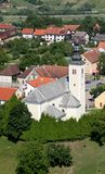 Εκκλησία κοινοτήτων του ιερού σταυρού σε Zacretje, Κροατία στοκ εικόνες