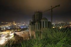 Εκκλησία που στηρίζεται στη νύχτα στοκ εικόνα με δικαίωμα ελεύθερης χρήσης