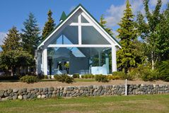 Εκκλησία στο Drive Lakefront, Te Anau στοκ εικόνες