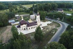 Εκκλησία του Nativity της ευλογημένων Virgin και των περιχώρων, χωριό Nikolskoye, περιοχή Kaluga, της Ρωσίας στοκ φωτογραφία με δικαίωμα ελεύθερης χρήσης