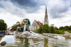 Εκκλησία του ST Alban και πηγή Gefion στοκ εικόνα με δικαίωμα ελεύθερης χρήσης