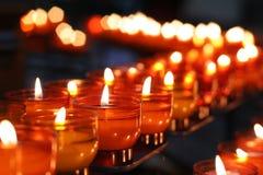 εκκλησία 2 κεριών στοκ φωτογραφίες με δικαίωμα ελεύθερης χρήσης